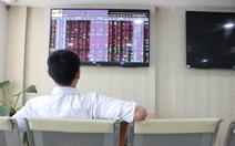 Sếp của Điện lực Dầu Khí Nhơn Trạch 2 'rủ nhau' bán cổ phiếu