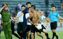 Để cổ động viên quậy, Nam Định bị phạt đá trên sân không khán giả