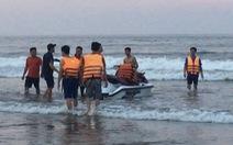 Tắm biển, 4 người bị đuối nước, chỉ cứu được 3