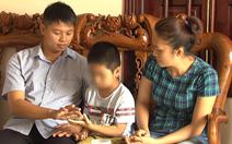 Vụ trao nhầm hai trẻ: Không thận trọng sẽ tổn thương hai bé