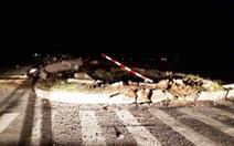 Ôtô đâm dải phân cách, chánh văn phòng UBND huyện tử vong