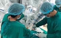 Lần đầu tiên phẫu thuật robot điều trị bệnh nhược cơ
