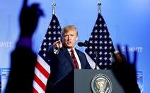 "Ông Trump ""ném bom"" NATO"