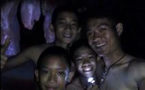 Đội bóng Thái Lan sống sót thần kỳ và hành trình tìm kiếm