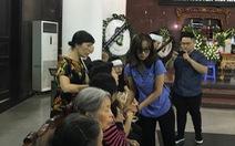 Xúc động đám tang nữ sinh 12 tuổi hiến giác mạc ở Hà Nội