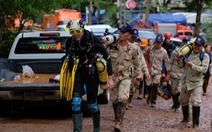 Đội bóng Thái Lan được tìm thấy nhờ thợ lặn hết dây thừng