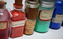 Bộ sưu tập 2500 phẩm màu lạ và hiếm nhất thế giới