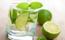 Bổ sung nước đúng cách mùa nắng nóng giúp tăng sức đề kháng