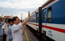 Nhà nước vẫn độc quyền, đường sắt sẽ tự rơi vào khủng hoảng