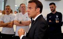 Tổng thống Pháp bị chỉ trích vì 'mê' World Cup hơn người dân