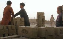 Hàng ngàn trẻ em Bolivia đi làm thợ mỏ để nuôi gia đình
