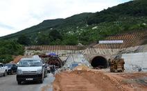 Tháng 1-2019, hầm đèo Cù Mông hoạt động