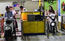 TP.HCM tăng giá giữ xe tư nhân: Một mũi tên nhắm hai đích
