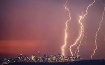 Sau nóng kỷ lục, Sydney dồn dập sét