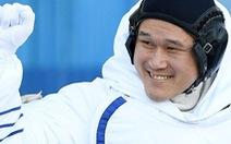 Phi hành gia Nhật sợ không về được vì… cao thêm