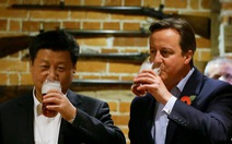 Ăn tối và chụp ảnh với cựu thủ tướng Anh giá bao nhiêu?