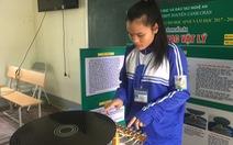 Học sinh sáng chế đĩa nhạc học vật lý