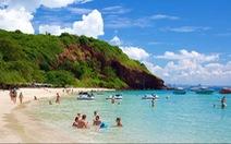 Đến đảo Koh Coral tắm biển và ăn hải sản