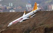 Video khoảnh khắc máy bay Thổ Nhĩ Kỳ rơi xuống vực