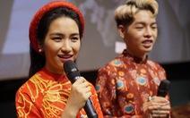 Đức Phúc, Hòa Minzy chọc ghẹo khán giả khi ra mắt MV Tết