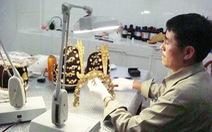 Người làm 4 mũ vua triều Nguyễn