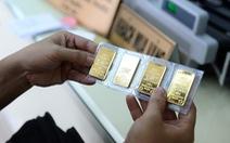 Giá vàng rời đỉnh 5 tháng