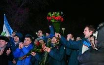 Nồng nhiệt đón đội U23, Uzbekistan tặng mỗi cầu thủ một xe hơi