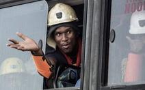 955 thợ mỏ Nam Phi bị mắc kẹt đã được cứu