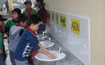 Học sinh Vĩnh Phúc hào hứng vì trường có nước sạch