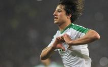 Tiền đạo Iraq một mình hạ 7 cầu thủ Yemen