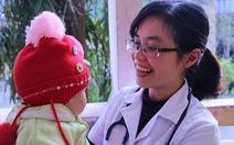 Bác sĩ trẻ tình nguyện về vùng cao