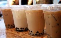 'Phượt thủ' Hoàng Lê Giang đóng quán trà sữa vì không muốn xả rác
