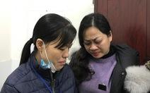 Gia đình người hiến phổi và nhận phổi gặp nhau, chứa chan nước mắt tình người