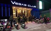 Đột kích quán bar ở Huế, phát hiện 100 thanh niên phê ma túy trong đêm