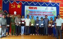 Người nghèo Kiên Giang nhận quà Tết từ báo Tuổi Trẻ