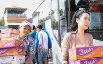 Nghệ sĩ Kim Cương, Kim Chi, Quyền Linh... miệt mài 'góp xuân'
