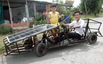 Xe năng lượng mặt trời của chàng trai 'bổ túc'
