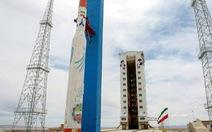 Mỹ giơ gậy cấm vận dọa Iran vì phóng vệ tinh
