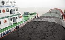 Cảnh sát biển tạm giữ tàu chở gần 3.500 tấn than