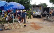 Người bán vé số dạo bị xe tải chạy lùi tông chết