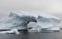 Băng to gấp đôi Singapore tách khỏi Nam Cực