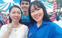 Giới trẻ Việt đăng ảnh selfie sau... 30 lần bấm máy