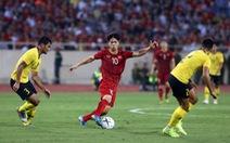 Vì sao tuyển VN phải ra sân bay từ 3h30 sáng sau trận thắng Malaysia?