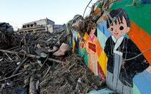 Hàng chục học sinh bị sóng thần cuốn ra biển, chính quyền phải bồi thường