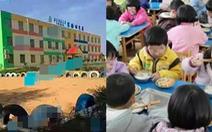 Phụ huynh phẫn nộ vì trường mầm non bắt trẻ ăn cơm trong toilet bốc mùi