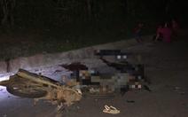 Hai xe máy đối đầu trong đêm, 4 thanh niên tử vong