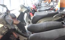 Video: Hàng trăm xe máy vô chủ ở sân bay Tân Sơn Nhất