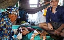 Bộ đội nhà giàn cấp cứu cho ngư dân ngay trên tàu cá