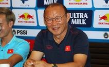 HLV Park Hang Seo: 'Tuấn Anh không ra sân, Quang Hải có thể đá thay ở tuyến giữa'