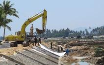 Kè xây 7 tháng mới có báo cáo đánh giá tác động môi trường